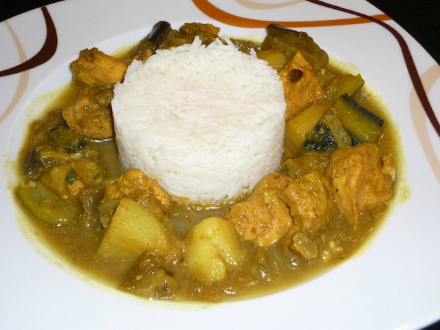 chicken-colombo-with-rice