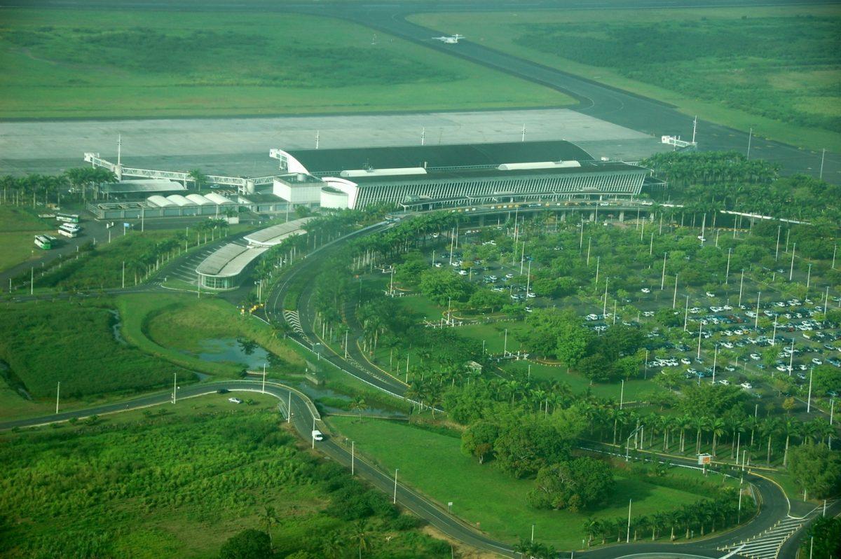 aeroport-pole-caraibes-guadeloupe