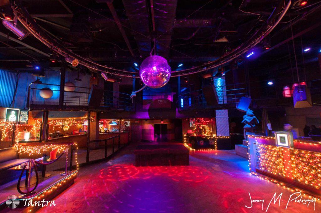 tantra night club